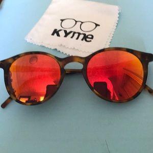 Kyme Round Sunglasses